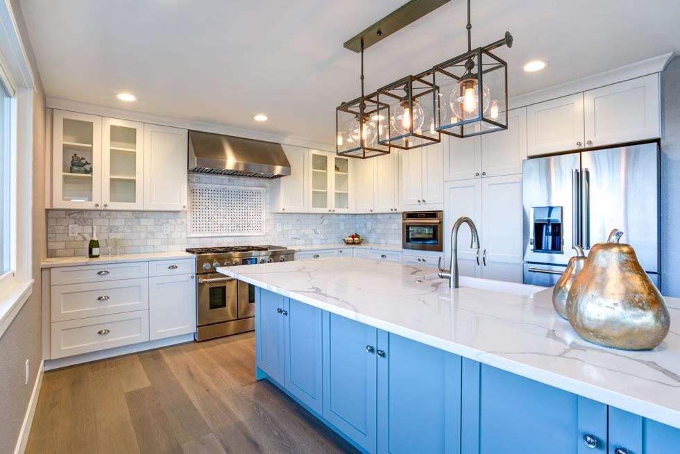 Mix-and-match kitchen materials